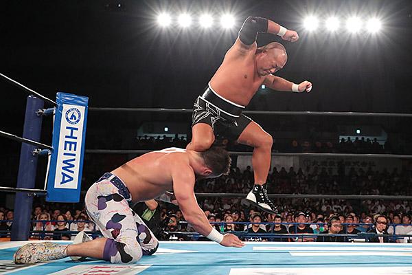 """NJPW: """"G1 Climax 29"""" Días 9 y 10 Okada y Moxley, imbatibles 8"""