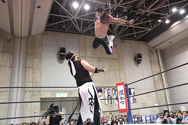 """NJPW: """"Best of the Super Jr. 26"""" Días 5 y 6 Dragon Lee y Bandido suman 10"""